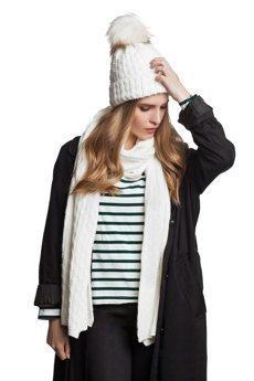 Komplet damski czapka szalik biały